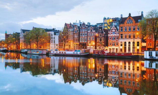 Amsterdam au fil de l'eau